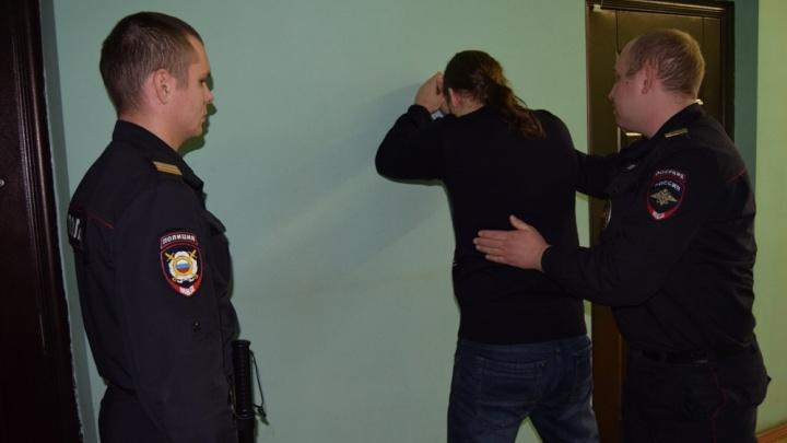 В Екатеринбурге под суд отдали дантиста, который хотел взорвать свою сожительницу самодельной бомбой