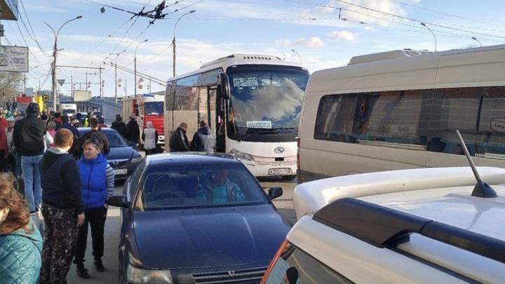 Здание Новосибирского автовокзала эвакуировали из-за подозрительной сумки