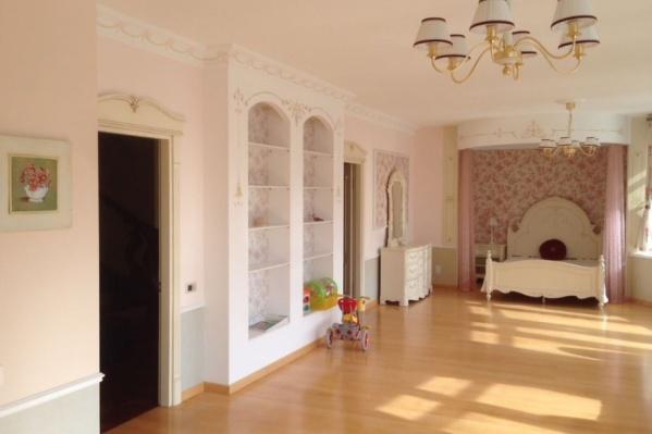 Роскошную квартиру продают в клубном доме «Тихвин»