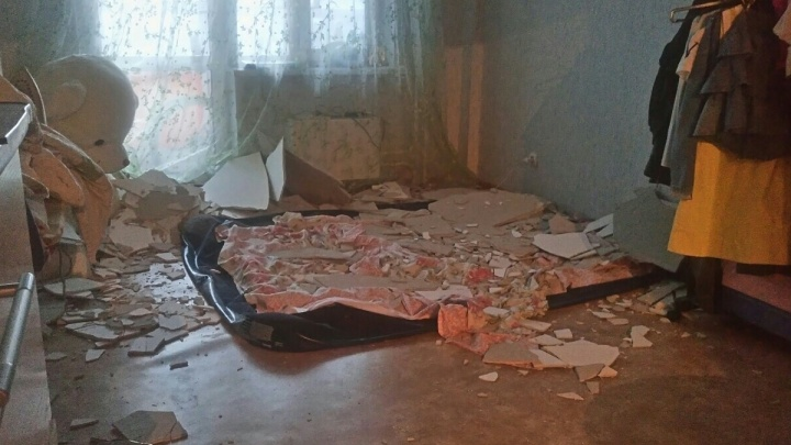 Чиновники решили расселить рассыпающийся дом спустя 11 лет после признания его аварийным