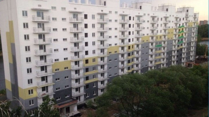 «Потратили 8,4 миллиона»: два дома с обманутыми дольщиками в Челябинске к осени готовят к сдаче