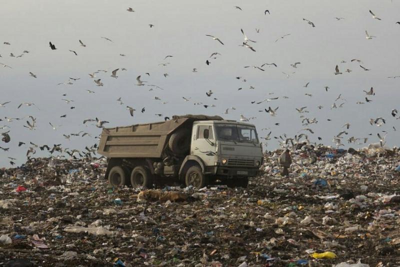 До 1 сентября мусор из Челябинска должен полностью переехать в Полетаево