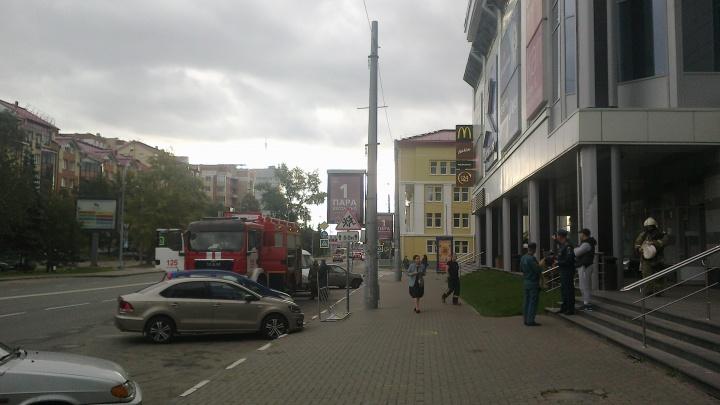 Плановые учения: в Архангельске эвакуировали ТРК «Европарк» и «Атриум»