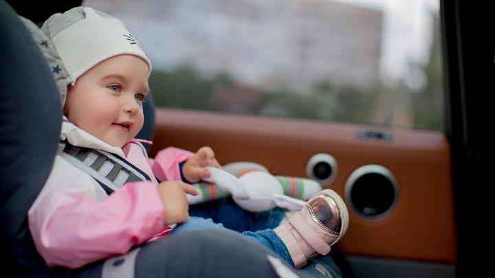 С малышом в «чужой» машине: почему родители променяли автобусы на такси