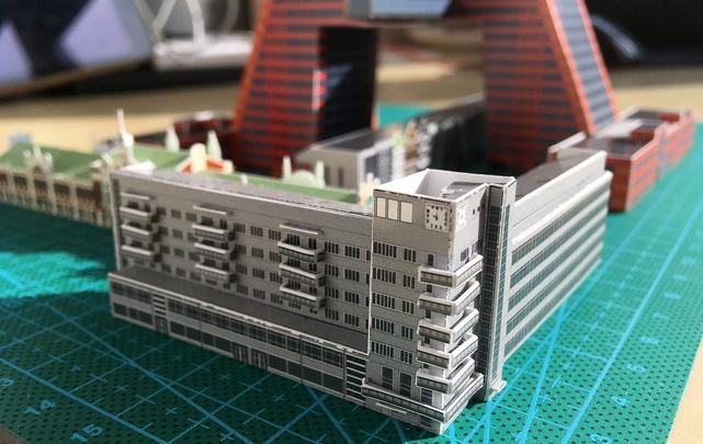 Вырежи и склей: архитекторы создали открытки-конструкторы с красивыми зданиями Новосибирска
