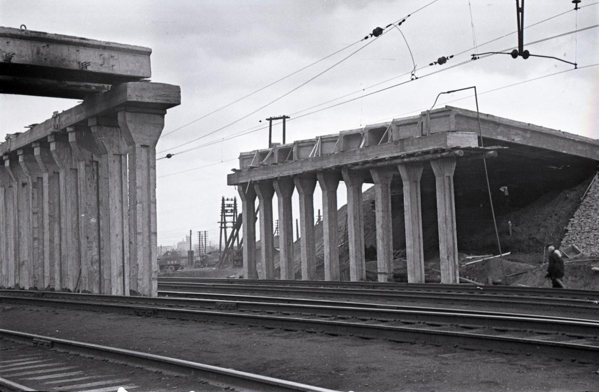 Строительство путепровода по улице Бебеля над железной дорогой