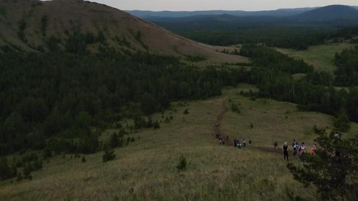 «Все плакали»: женщина с ребёнком потерялись во время похода в горы на Южном Урале