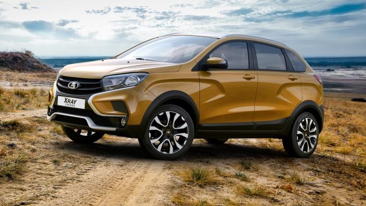 Кожаный руль и салон с подсветкой: АВТОВАЗ объявил цены на новую Lada XRAY Cross