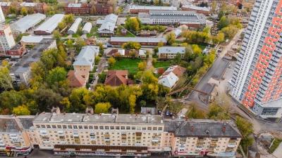 Пройдет мимо двухэтажек и «снесет» дом: смотрим на проект продления улицы Сибирской с высоты