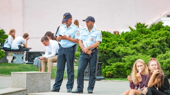 В парке Островского мужчину ударили ножом в живот