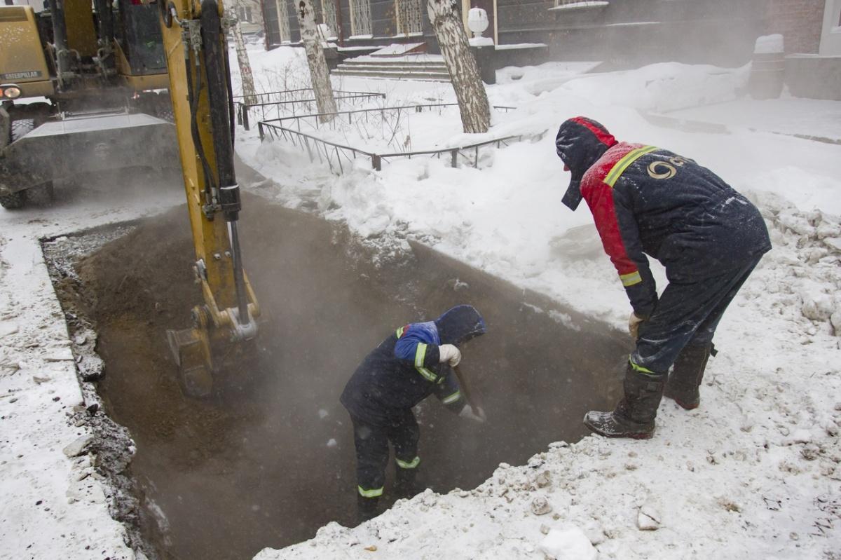 Вернуть горячую воду и отопление в дома новосибирцев обещают к 22:00