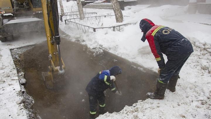 Почти сотня зданий осталась без отопления — тепло обещают вернуть до усиления морозов
