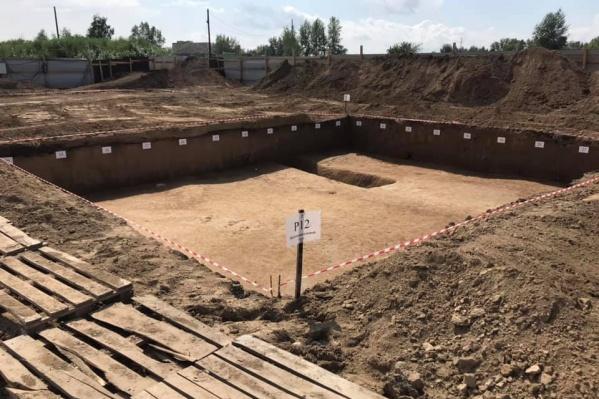 В Солонцах-2 начались археологические раскопки