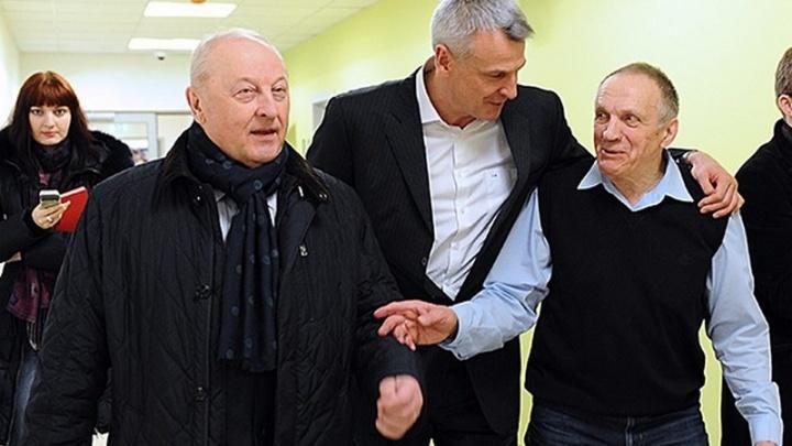 Эдуард Россель: «Два месяца назад Тетюхин сказал, что уходит из жизни и надо решить, что с клиникой»