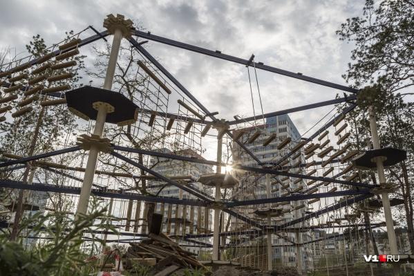 Горожанам пообещали большой веревочный парк, вместо убранного во время реконструкции