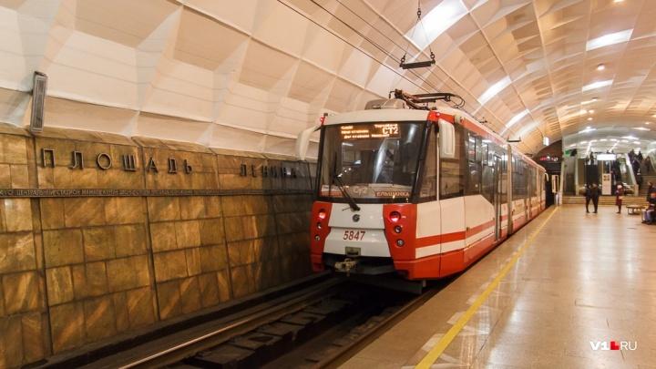 В волгоградской подземке появится гусеничный подъемник для инвалидов-колясочников