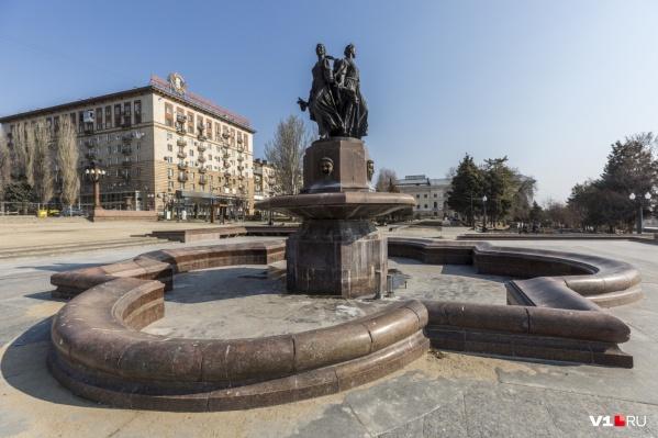 Фонтан в центре Волгограда проработал меньше полугода