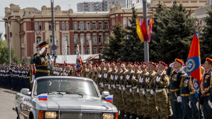 В Ростове прошла генеральная репетиция парада Победы— фоторепортаж 161.RU