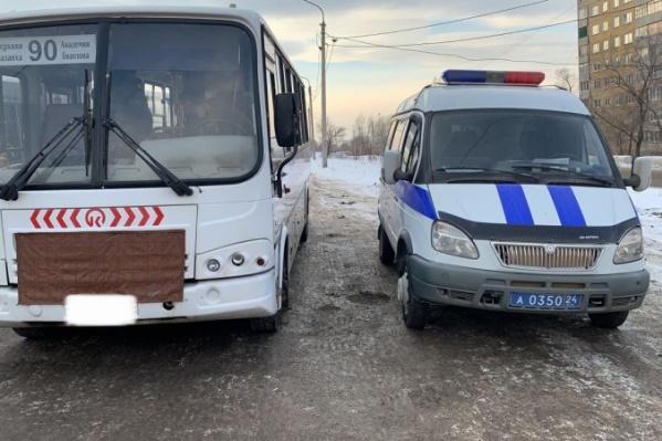 Автобус №90 чаще всего возит студентов СФУ