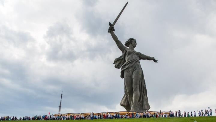 Комитет финансов Волгоградской области проверил законность трат 20 млн чиновниками ко Дню Победы
