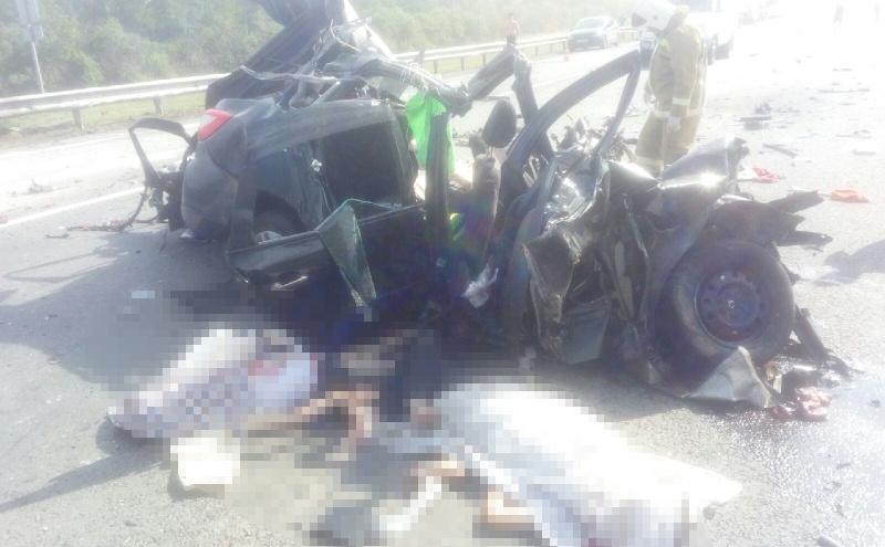 ДТП было массовым: что стало причиной смертельной аварии с КАМАЗом и «Грантой» в Сергиевском районе