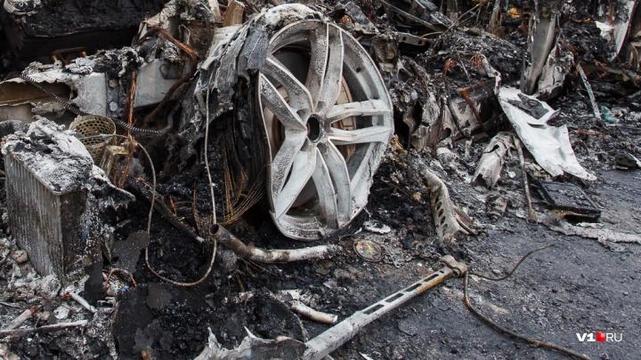 Под Урюпинском в гараже сгорел четырехлетний Lexus