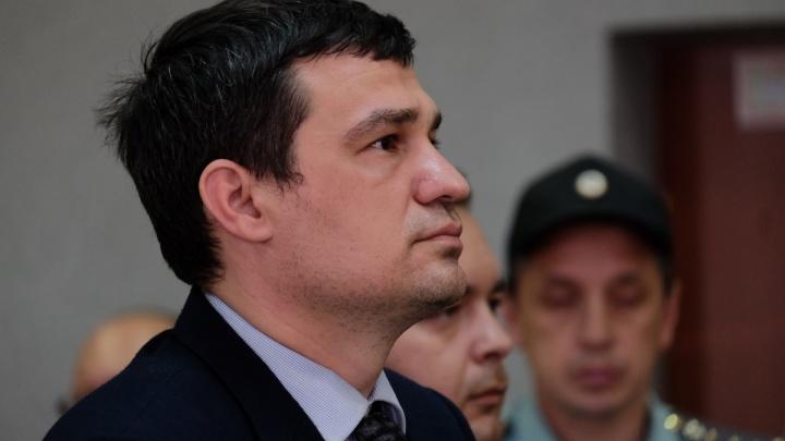 «За дискредитирующие действия». Экс-депутата Александра Телепнева исключили из «Единой России»