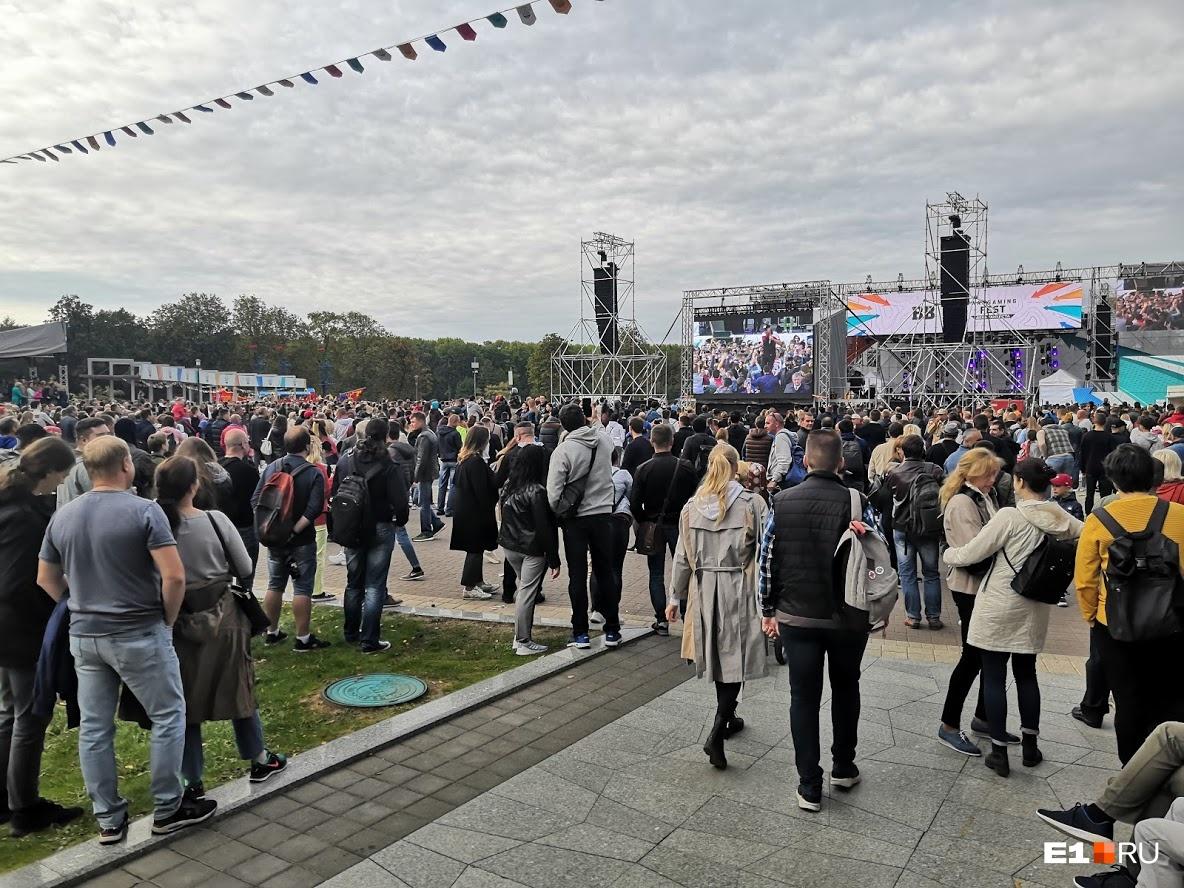 А где мусор и пьяные? Журналист E1.RU — о том, чем отличаются фестивали в Минске и Екатеринбурге