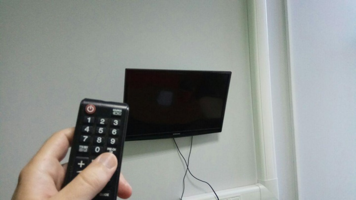 Женщина отсудила у коммунальщиков 24 тысячи за сломавшийся из-за перепадов напряжения телевизор