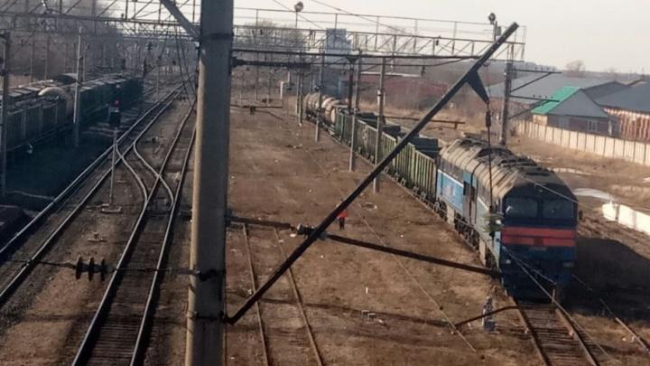 Утечка нефти: в Башкирии оцепили железнодорожную станцию