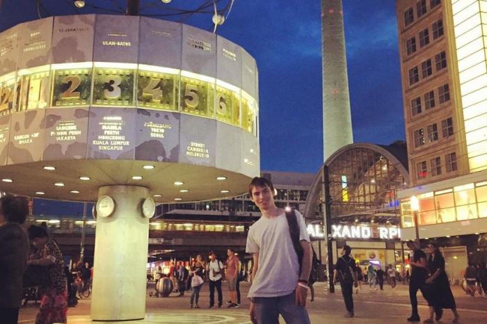 Никита Томилов называет Екатеринбург городом европейского уровня и признается, что до попадания в список «Пилы» с дискриминациейон «почти не сталкивался»