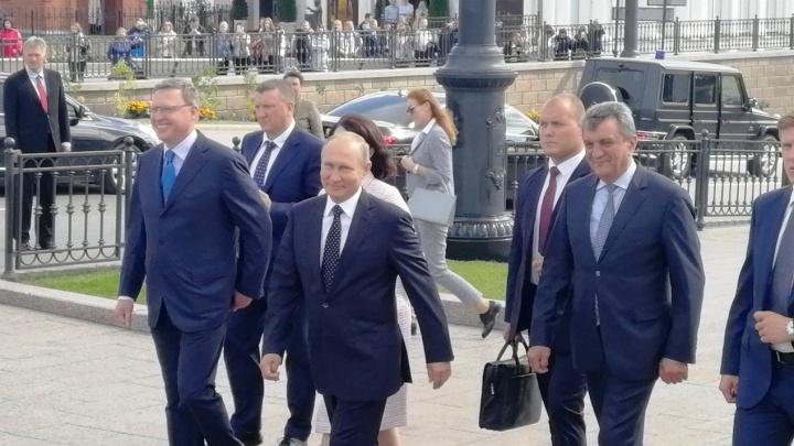 Визит Путина в Омск. Кратко для тех, кто всё пропустил