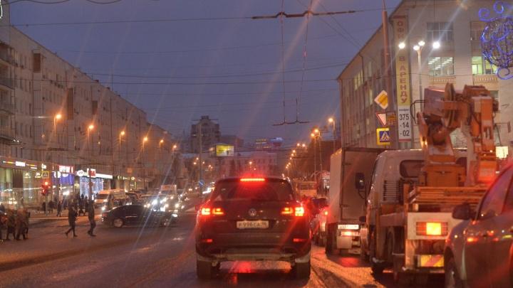 Можно ездить налево: на Ленина - Карла Либкнехта вернули старую схему движения