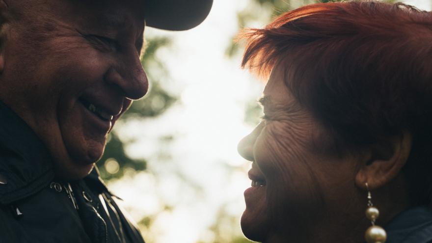 Любовь 80-го уровня: love story из дома престарелых для пары, которая прожила вместе 59 лет
