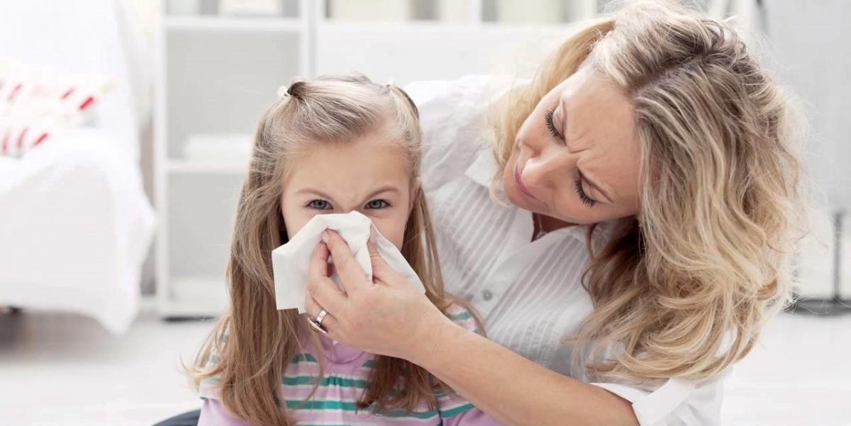 Как укрепить иммунитет, когда ребёнок болеет даже летом