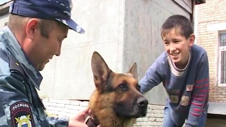В Башкирии кинолог и его собака Фрэд вызволили пенсионера из болота