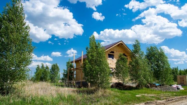 «Дорогая, мы переезжаем»: под Челябинском вырастает новый поселок