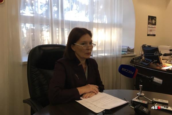Кокорина заявила о том, что трудоустроенным сотрудникам закрытого отделения тубдиспансера оклады не снизят и не отменят доставку к месту работы