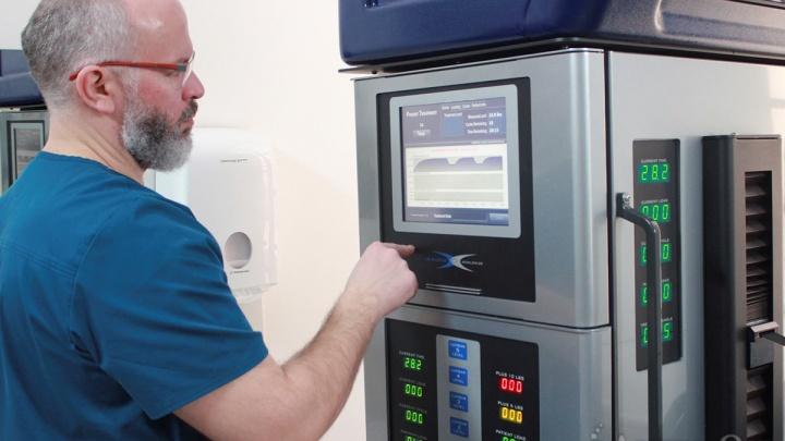 Роботы вытянут позвонки: пациентов с грыжей позвоночника перестанут оперировать