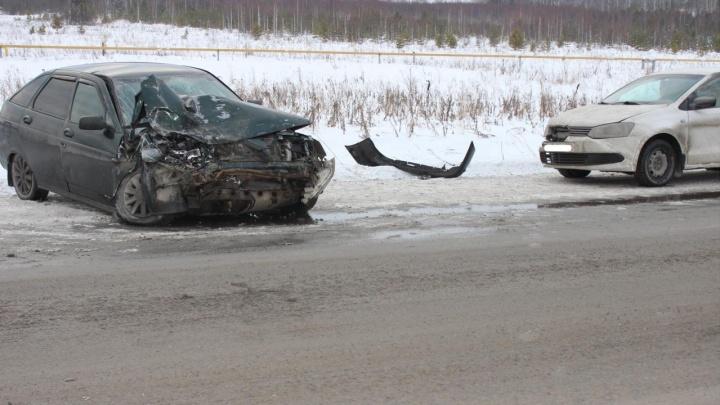 На границе с Башкирией столкнулись два водителя легковушек без прав