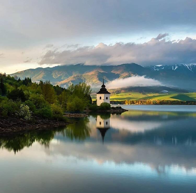 Озеро в Словакии