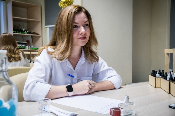 Анна Борисова создаёт духи под конкретного человека, но недавно она выпустила сексуальный аромат