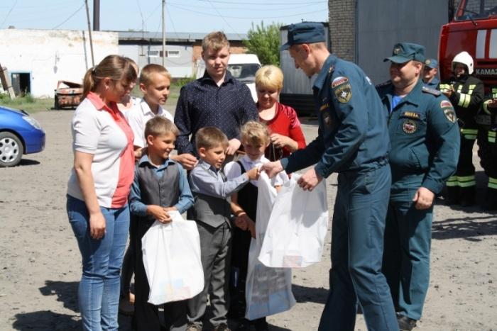 Алексей Зуев спас из огня четверых детей и женщину