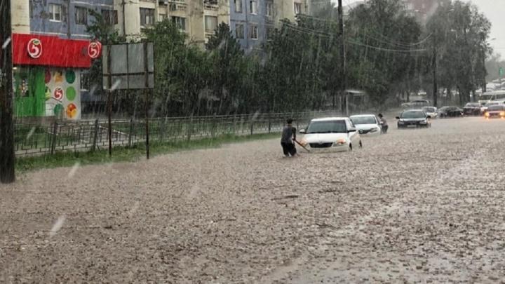 «Это допустимо»: чиновники прокомментировали затопление улиц в Самаре