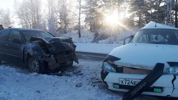«Везли без автокресел»: трое детей пострадали в аварии под Минусинском