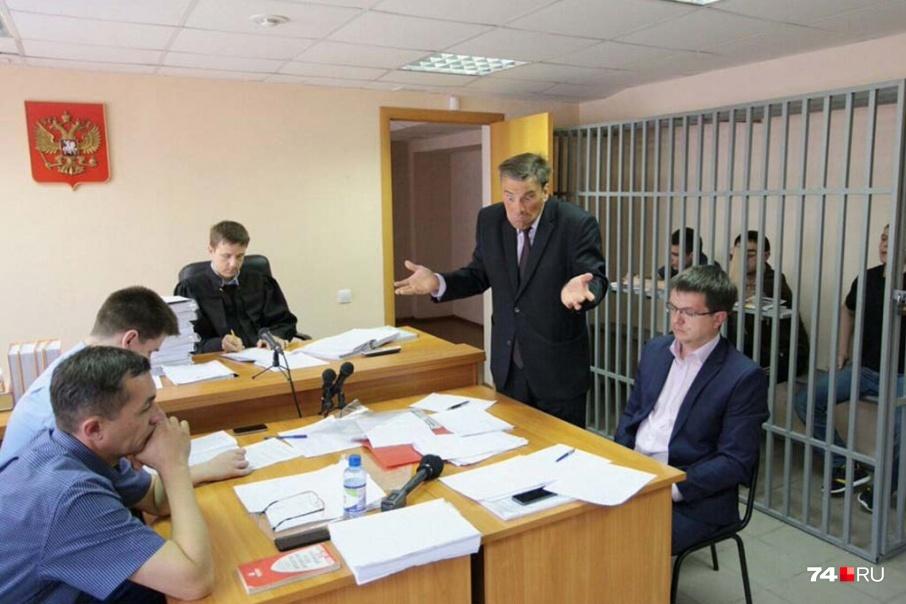 Олег Зайцев часто защищал представителей криминальных группировок