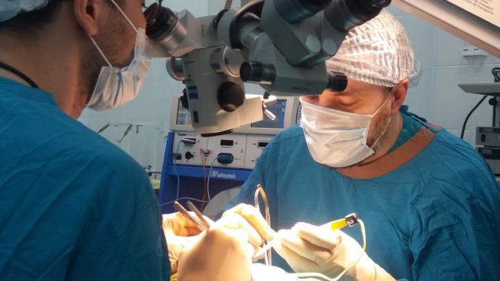 В Тюмени спасли младенца с необычной патологией. Его позвоночник был расщеплен