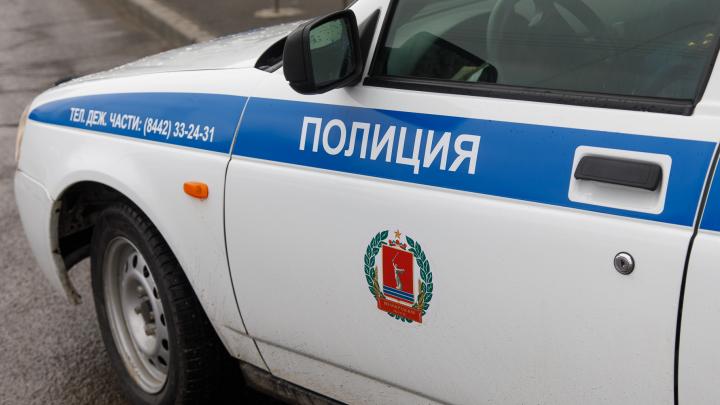 Перепутал в потемках: в Волгоградской области мужчина по ошибке разбил чужую машину