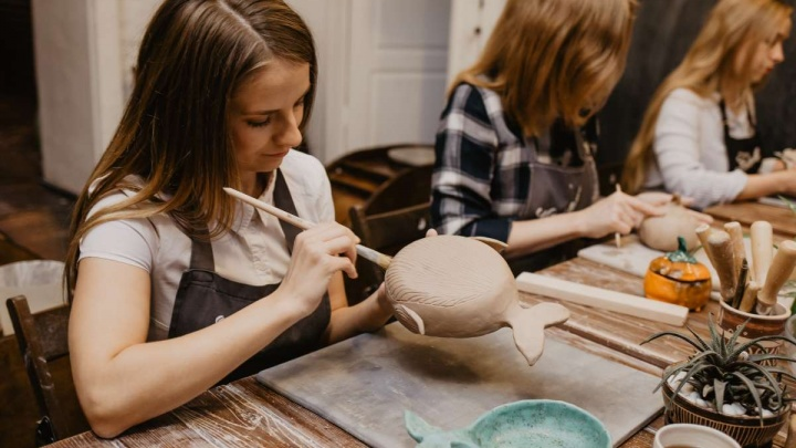 Керамика вскружила голову: появился необычный способ отдохнуть или отметить праздник в гончарной школе