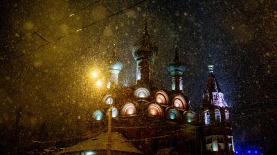Встряхнули волшебный шар: 15 фото утреннего снежного Ярославля